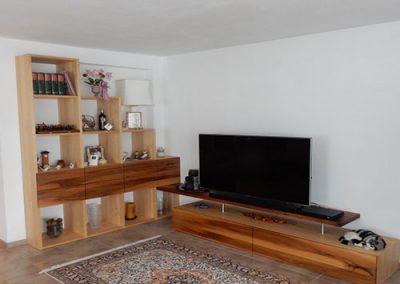 Wohnzimmerverbau in Birke und NUß geölt